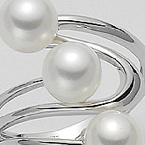 Anello oro bianco tre perle