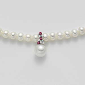 Collana oro perle e rubini