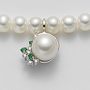 Collana oro diamanti e smeraldi