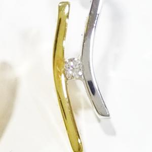 Orecchini ondulati bicolori con diamanti
